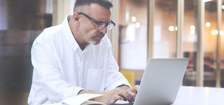 Comment trouver un emploi après 50 ans ?