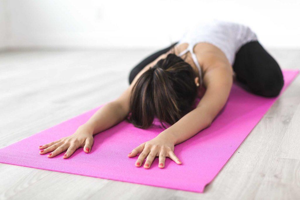 Pratiquer le yoga au travail