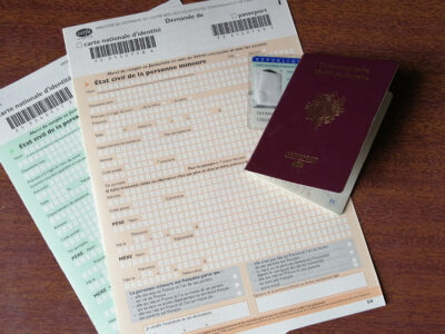 Cerfa 12100 : Demande de carte d'identité ou de passeport