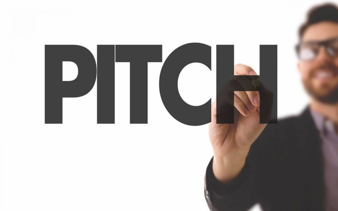 Toutes les astuces pour bien pitcher en public sa start-up lors d'une levée de fond