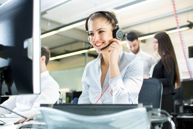 standard téléphonique service client