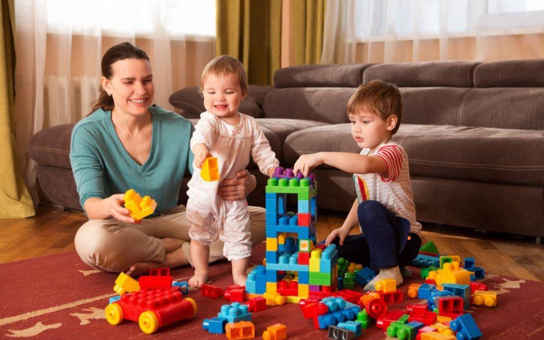 À quels métiers donne accès le CAP AEPE petite enfance ?