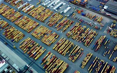 Formation en logistique : accélérez votre parcours avec l'option en alternance