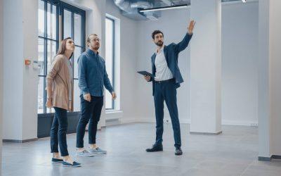 Fonds de commerce : pourquoi passer par une agence immobilière spécialisée ?